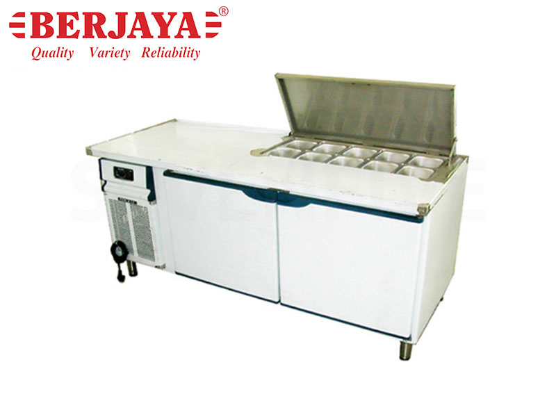 8FT 3 DOOR SANDWICH COUNTER CHILLER-BLOWER SYSTEM {WITHOUT BACKSPLASH} {WITH LEG}