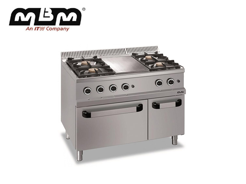 4 BURNERS W/PLATE ON GAS OVEN